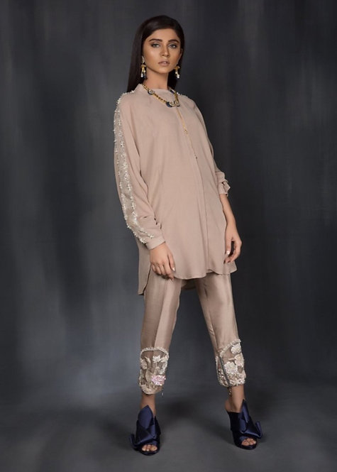 Beige Outfit - Saira Shakira