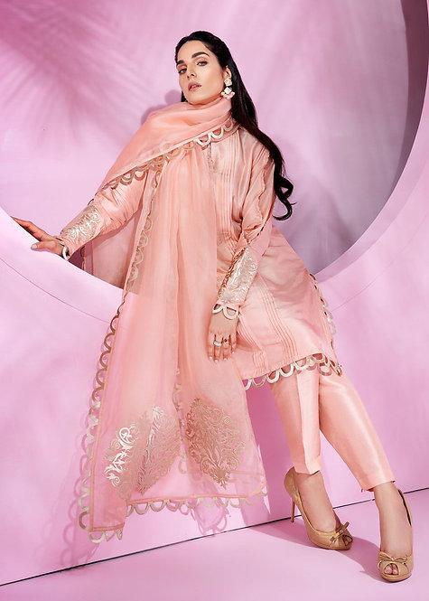 Pink Powder - Sara Rohale Asghar
