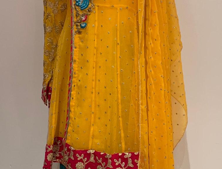 Sale 35 - Attire By Bushra Wahid