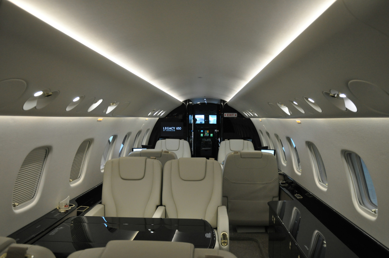 Embraer 650 Interior