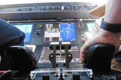 Cockpit Embraer 450