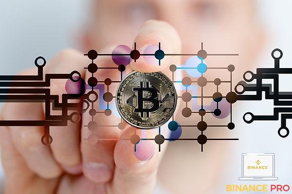 bitcoin-2643159_1280.jpg