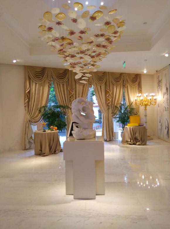 Shanghai - Visionary love from the stones of Aldo Flecchia