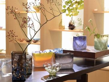 【東敬恭展】秋色ガラスの花器やプレートなど