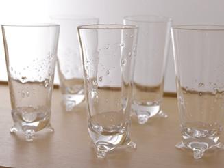 【 中村真紀 展 】より三つ足グラス