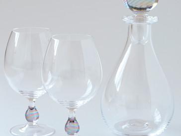 【津坂陽介・久保裕子 -日の出ガラス工芸社- 展】より、ワイングラス・デカンタ