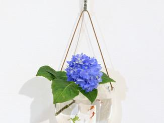 【津坂陽介・久保裕子 展】より、水も楽しむ花器シリーズ