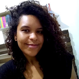 Andrezza Alves Velloso