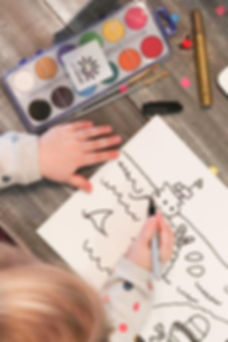 artshine-in-a-box-process-picture-of-kid-following-art-lesson-at-home
