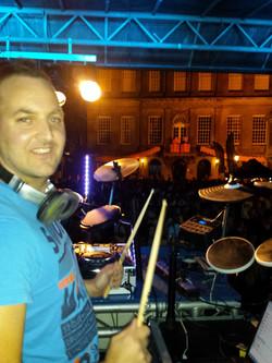 Mr. Milow Drum DJ