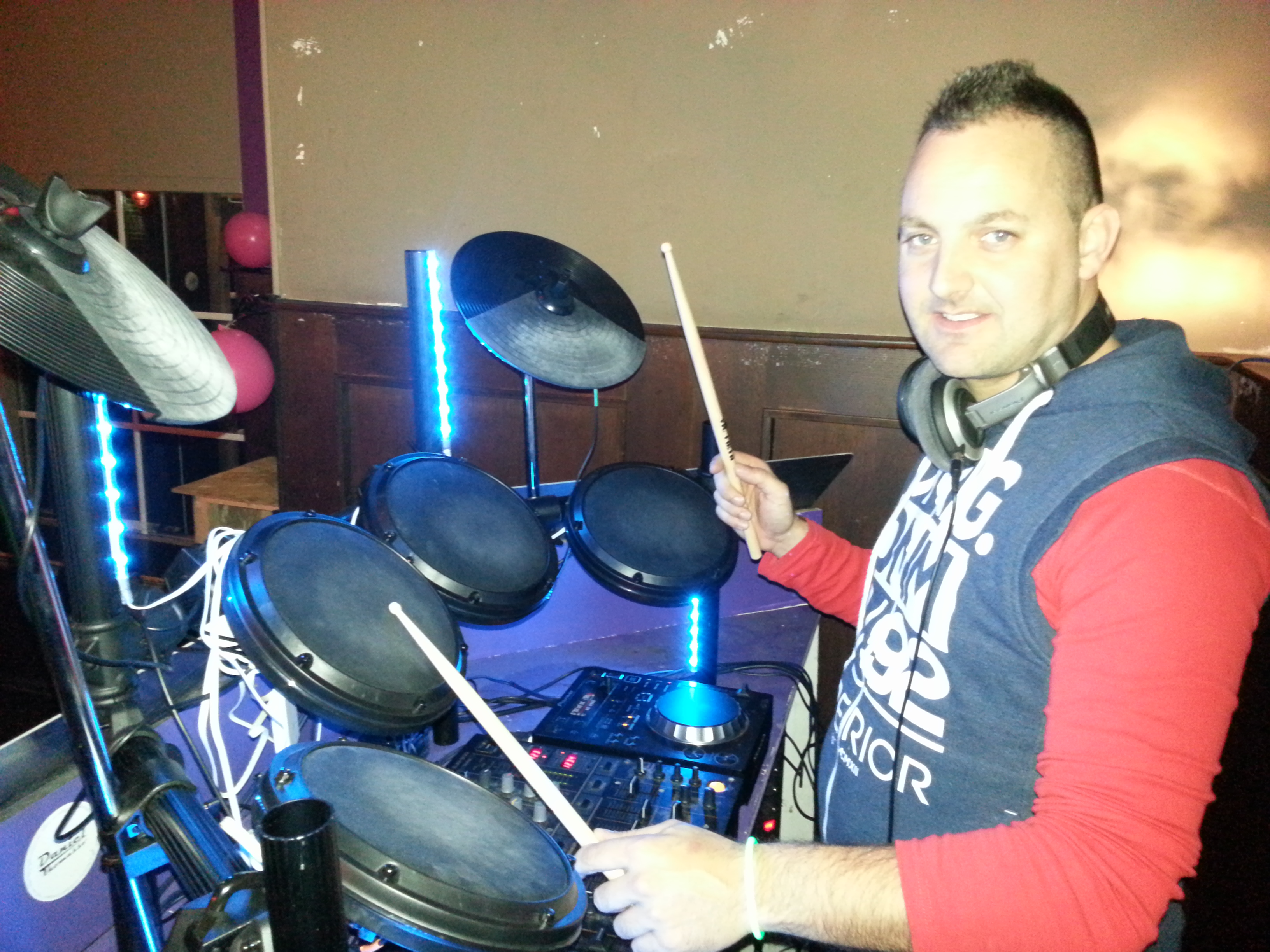 Drum DJ Mr Milow