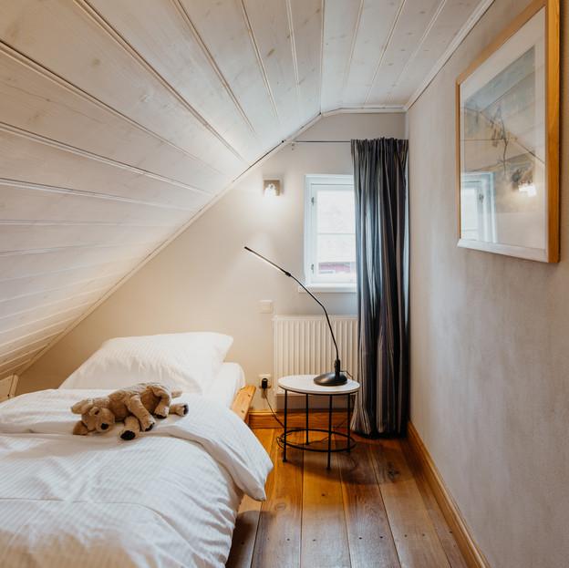 Schlafzimmer_5_Darßer_Kapitänshaus_Wieck