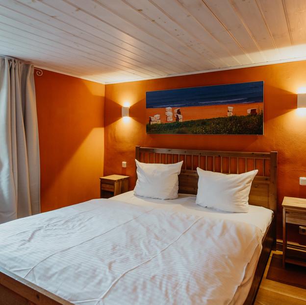 Schlafzimmer_2_Darßer_Kapitänshaus_Wieck