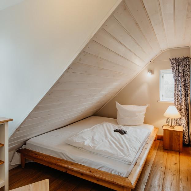 Schlafzimmer_3_Darßer_Kapitänshaus_Wieck
