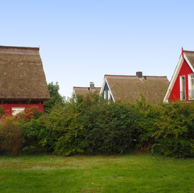 Nachbarhäuser_Darßer_Kapitänshaus_Wieck