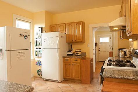 UC Berkeley Housing - Kitchen at Casa Cedar