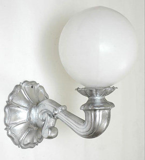Victorian Sconce w/ Round Back