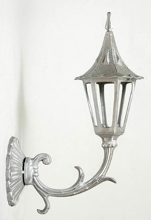 Small Holland Sconce w/ Clover Back