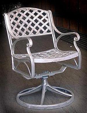 Crossweave Swivel Chair H.36'' W.21'' D.18.5''