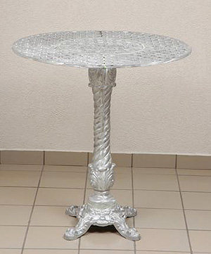 Crossweave Bar Table
