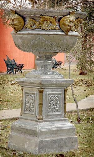New Orleans Urn