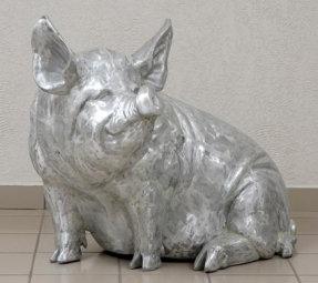 Large Sitting Pig