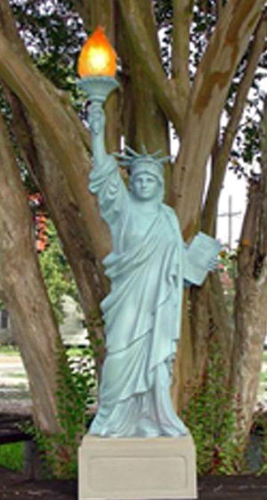 Medium Statue of Liberty on Pedestal