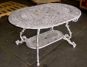 French Table, Medium