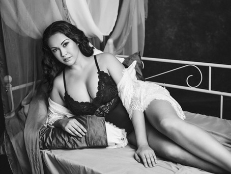 14 Reasons Why You Should Book A Boudoir Shoot