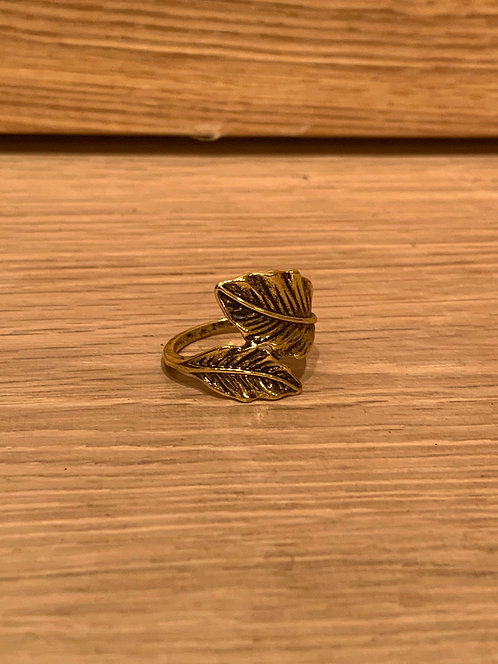 Caracol gold double leaves ring