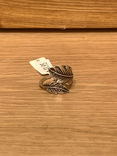 Caracol silver double leaves ring