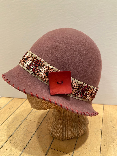 MLHS M03 plum with flowered ribbon hat