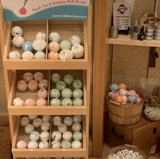 Bath Bomb Co., Prairie Beard Products, Smooch