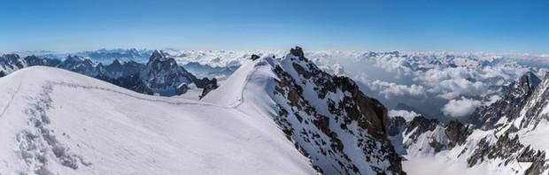 Mont Blanc du Tacul Benoit. Teten Prod C