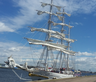Indian Navy Sailing Vessel calling in Le Havre for some maintenance works