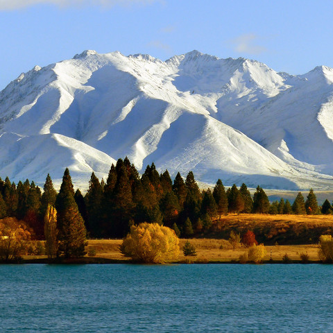 snow-capped-peaks-and-mountains-landscap
