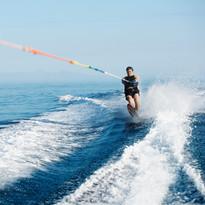 Faire du jet ski