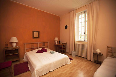 Room- Les Rochers 350.jpg