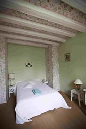 Room- Les Fleurs et Fruits 350.jpg