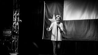 Elizabeth Waren at the Granada Theater in Dallas Texas. Photos captured by event photographer Kidus Solomon