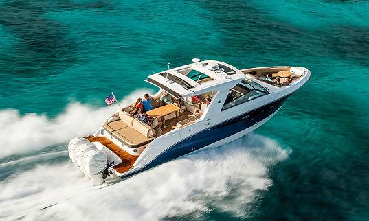 Sea Ray SLX 400 Outboard.jpg