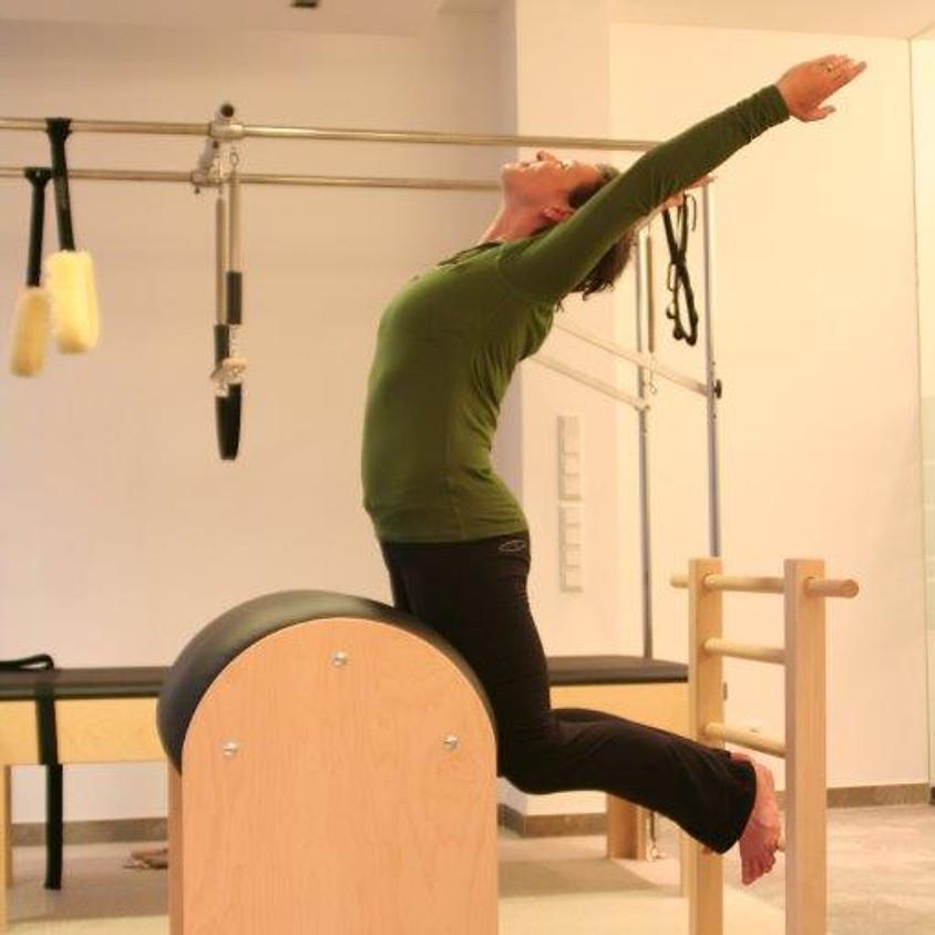 RÜCKENEXTENSION IN PILATES WORKSHOP mit BASI Pilates
