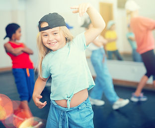 girls and boys training hip hop in dance