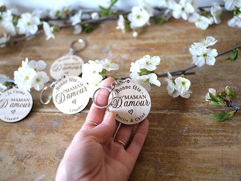 Porte clef Maman - je t'aime ou Bonne fête - personnalisable