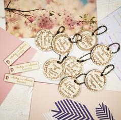 -Porte-clefs et petites étiquettes -_La