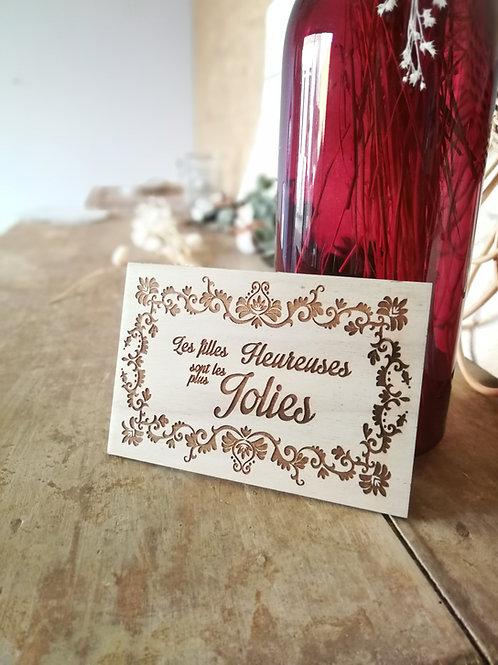 """Carte en bois """"les jolies filles"""""""