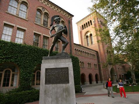 USC ofrece matrícula gratuita a familias que ganan menos de $80,000 dólares