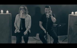 Coalo Zamorano y Lorena Zamorano interpertan un medley acústico de adoración