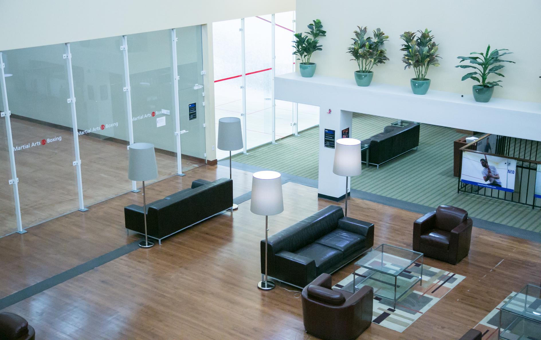 Squash courts & lounge area