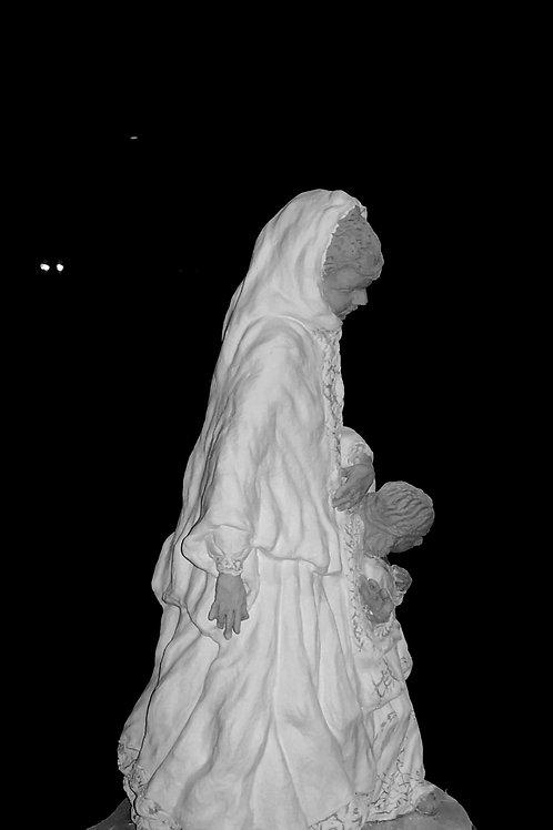 Mère et fille à Axoum, sculpture en céramique, 40x 25x 25 cm